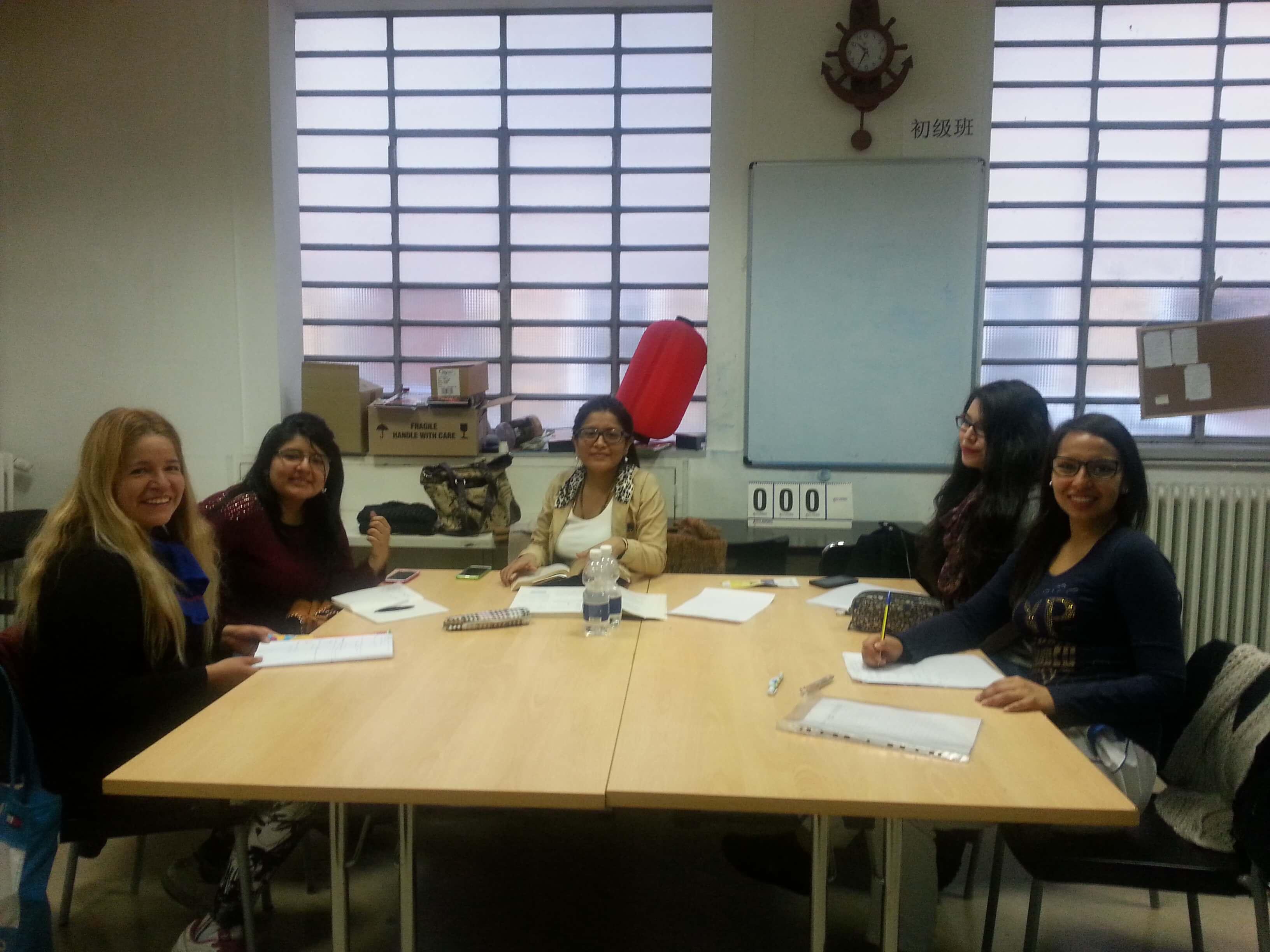 Fisica 1 esperto estudiantes peruanos en torino for Nascondi esperto