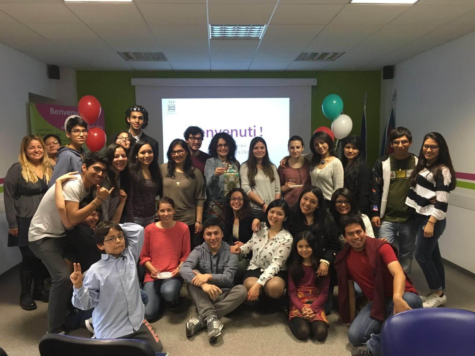 Corsi marzo 2016 esperto estudiantes peruanos en torino for Nascondi esperto
